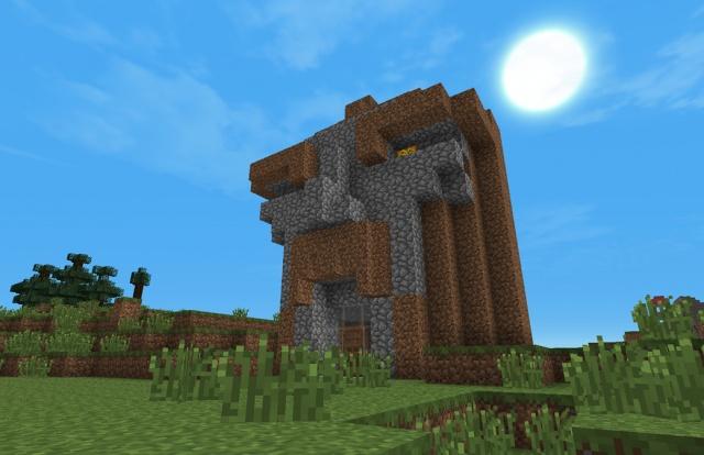 Minecraft: Вход в нашу шахту. Пока это макет, заготовка для настоящей скульптуры.