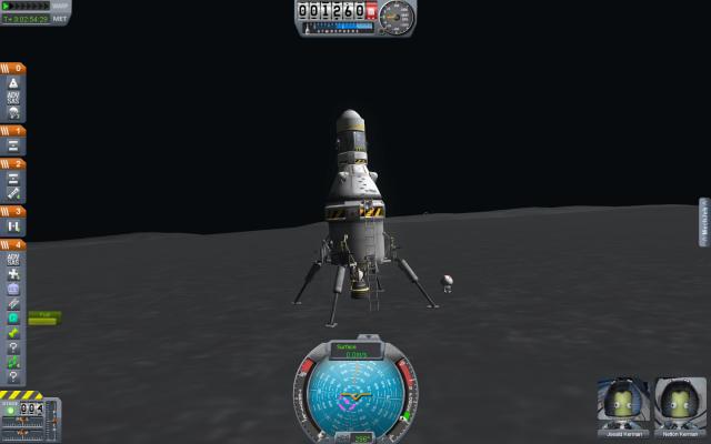 Kerbal Space Program: Первая посадка, первый артефакт
