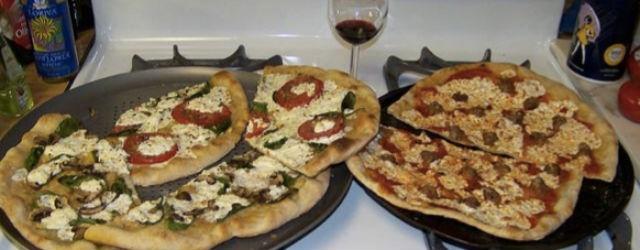 Блог им. hitzu: Две пиццы на плите
